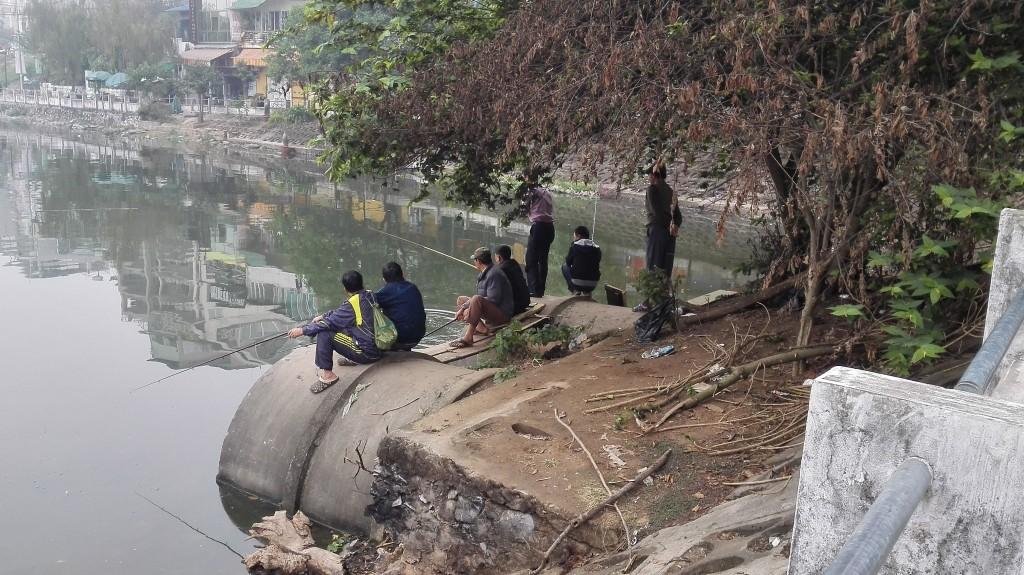 Hanoi fishermen